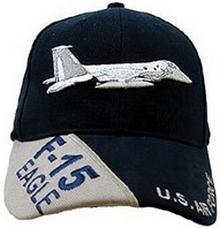 Stupendo berretto per piloti. Un cappello favoloso per il pilota  appassionato del volo e degli aerei che hanno costituito la leggenda  dell aviazione. 1a0c561b98da
